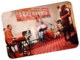 Larraine Odell   Jazznights Trio 311010 (13)